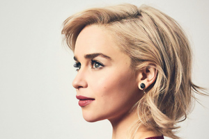 Emilia Clarke Psychologies Magazine Photoshoot Wallpaper