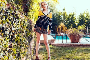 Emily Kinney Wallpaper