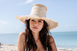 Emily Ratajkowski On Beach