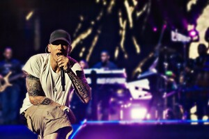Eminem On Stage Wallpaper