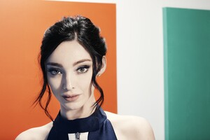 Emma Dumont 10k 2019 Wallpaper