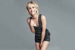 Emma Roberts Allure 2017