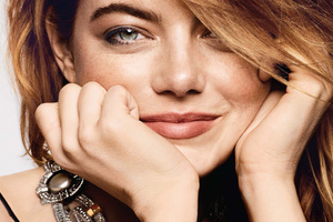 Emma Stone Elle 2018 Wallpaper