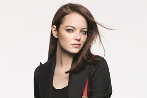Emma Stone Louis Vuitton Campaign Wallpaper