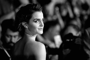 Emma Watson 2017 Monochrome Wallpaper