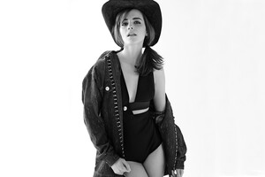 Emma Watson 9 Wallpaper