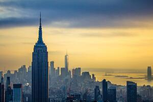 Empire State Building Skycrapper In New York Wallpaper
