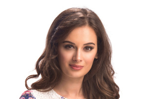 Evelyn Sharma 4k 2016 Wallpaper