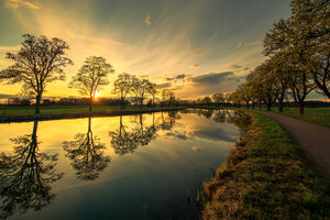 Evening By The Canal 5k Wallpaper