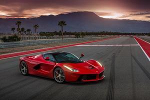 Ferrari LaFerrari Wallpaper