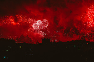 Fireworks Red Evening Festival Explosion 4k