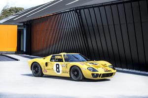 Ford GT40 Lightweight Race Car