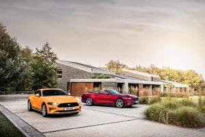 Ford Mustang GT Fastback And EcoBoost Convertible