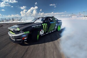 Ford Mustang Monster Car Drift