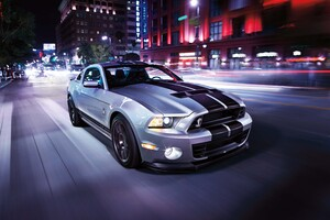 Ford Shelby 8k