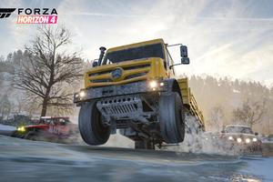 Forza Horizon 4 Mercedes Benz Truck