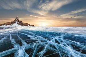 Frozen Lake 8k Wallpaper