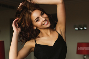 Galina Dubenenko Smiling Cute 4k Wallpaper