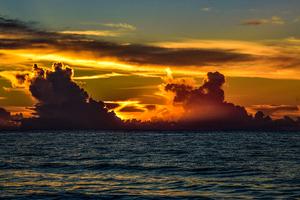 Garden City Beach Sunrise Clouds 5k Wallpaper