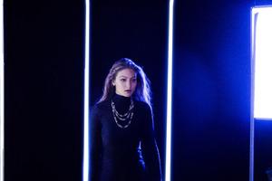 Gidi Hadid Messika 2017 4k