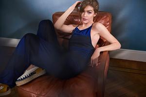 Gigi Hadid On Sofa Wallpaper