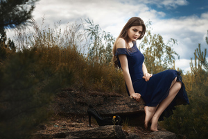 Girl In Blue Dress Nature 4k Wallpaper