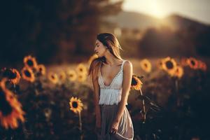Girl Sunflower Field 4k Wallpaper