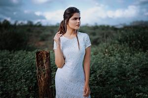 Girl White Dress 4k Wallpaper