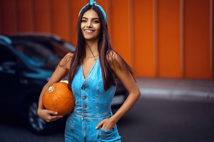 Girl With Halloween Pumpkin 5k Wallpaper