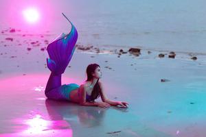 Girl With Mermaid Dress 4k