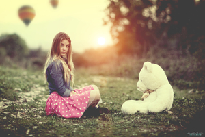 Girl With Teddy Bear Wallpaper