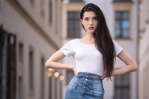 Gorgeous Girl Summer Clothing 4k Wallpaper