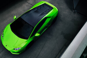Green Lamborghini Huracan Upper View 5k
