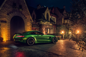 Green Mercedes AMG GT R Rear 4k