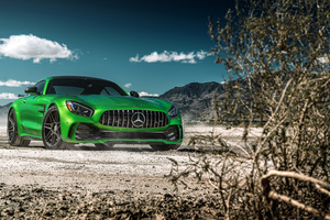 Green Mercedes Benz Amg GT 8k Wallpaper
