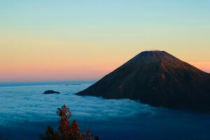 Gunung Sumbing Wonosobo Island In Indonesia 5k