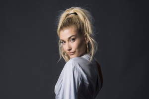 Hailey Baldwin Blonde Hairs 4k Wallpaper