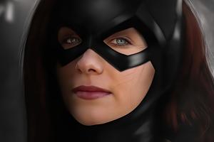 Haley Lu Richardson As Batgirl Wallpaper