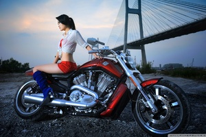 Harley Davidson 2015 With Model Wallpaper
