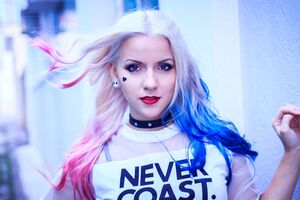 Harley Quinn Cosplay Never Coast Wallpaper