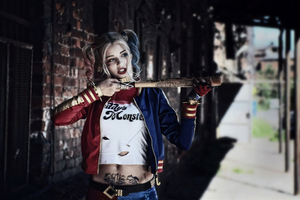 Harley Quinn Cosplays Wallpaper