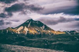 Horizon Landscape Mountains Range 8k