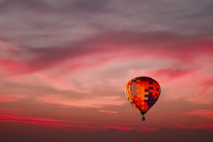 Hot Air Balloon Red Sky 4k