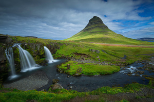 Iceland Mountains Waterfalls Kirkjufell 5k