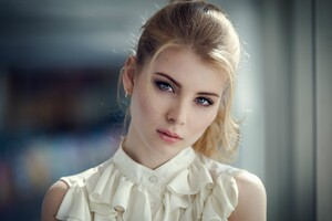 Irina Popova Close Up