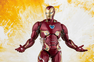 Iron Man Avengers Infinity War Toy Wallpaper