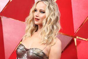 Jennifer Lawrence At Oscars 2018 Wallpaper