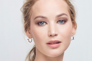 Jennifer Lawrence Photoshoot For Amazon Conservation Wallpaper