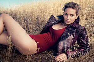 Jennifer Lawrence Vogue Wallpaper