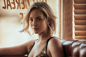 Jennifer Lawrence Vogue HD Wallpaper